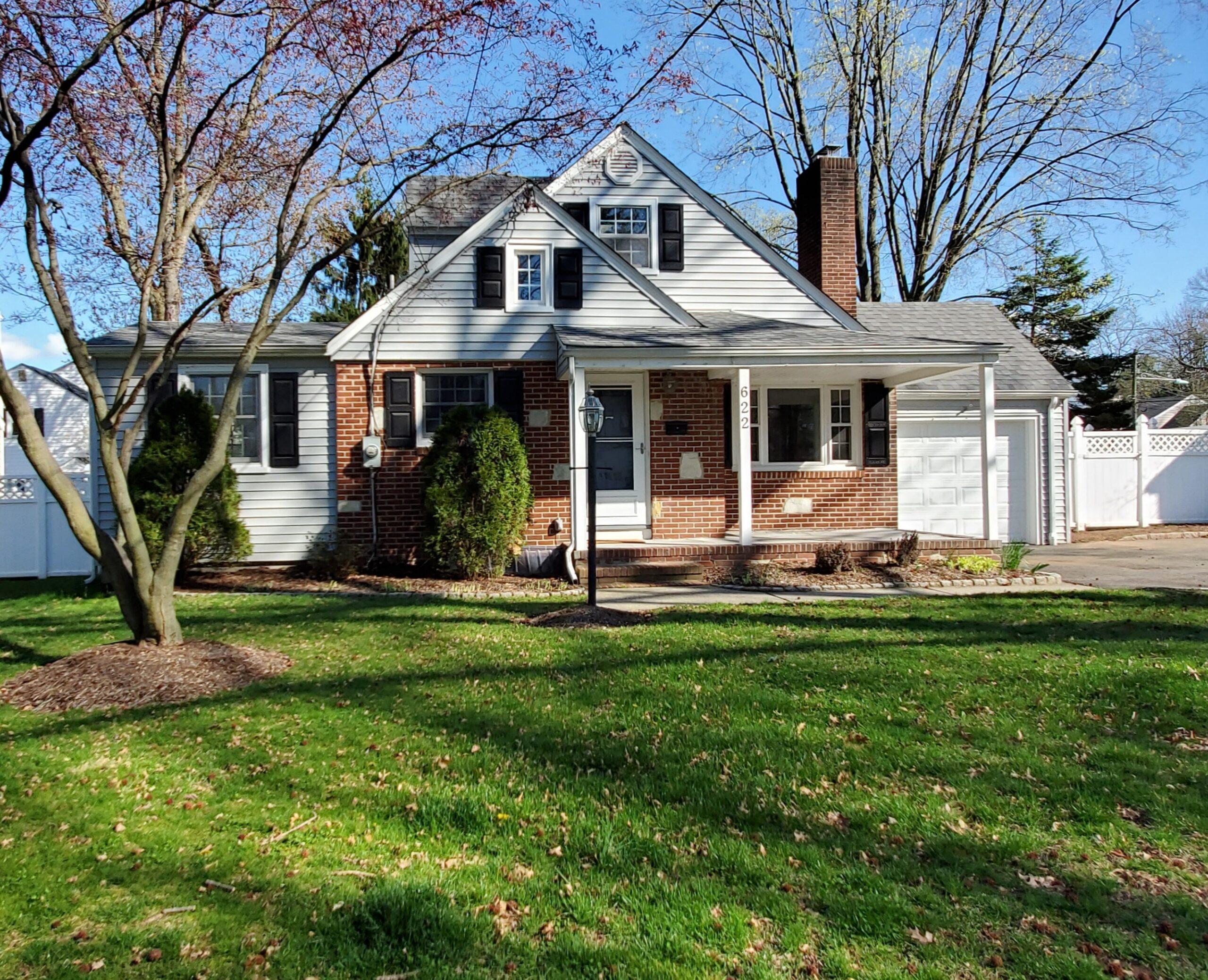 622 Brookside Place, Cranford <br /> Sold $527,000