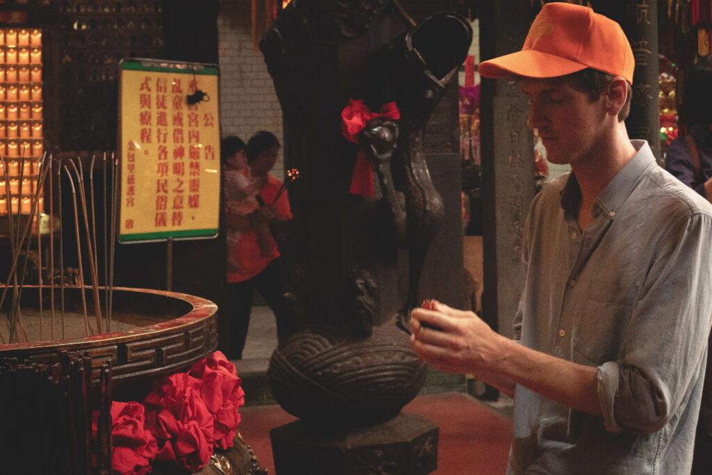 Peter praying to Mazu Goddess.