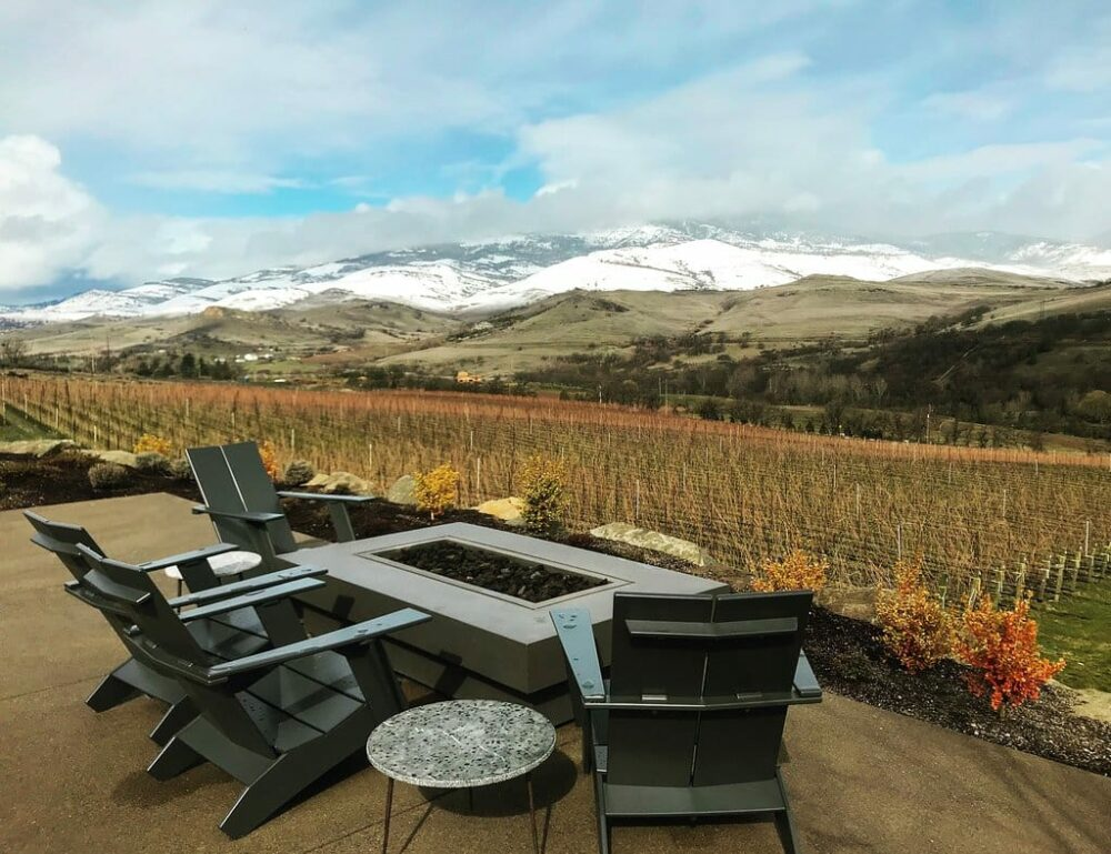 Irvine and Roberts has delicious wine and views of the Rogue Valley