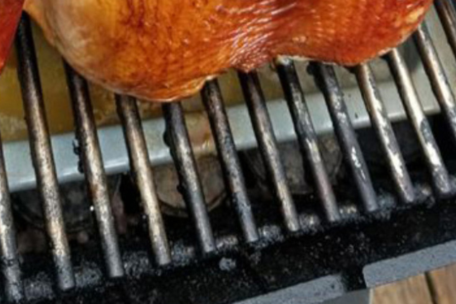 Clean your stainless steel cooking grids