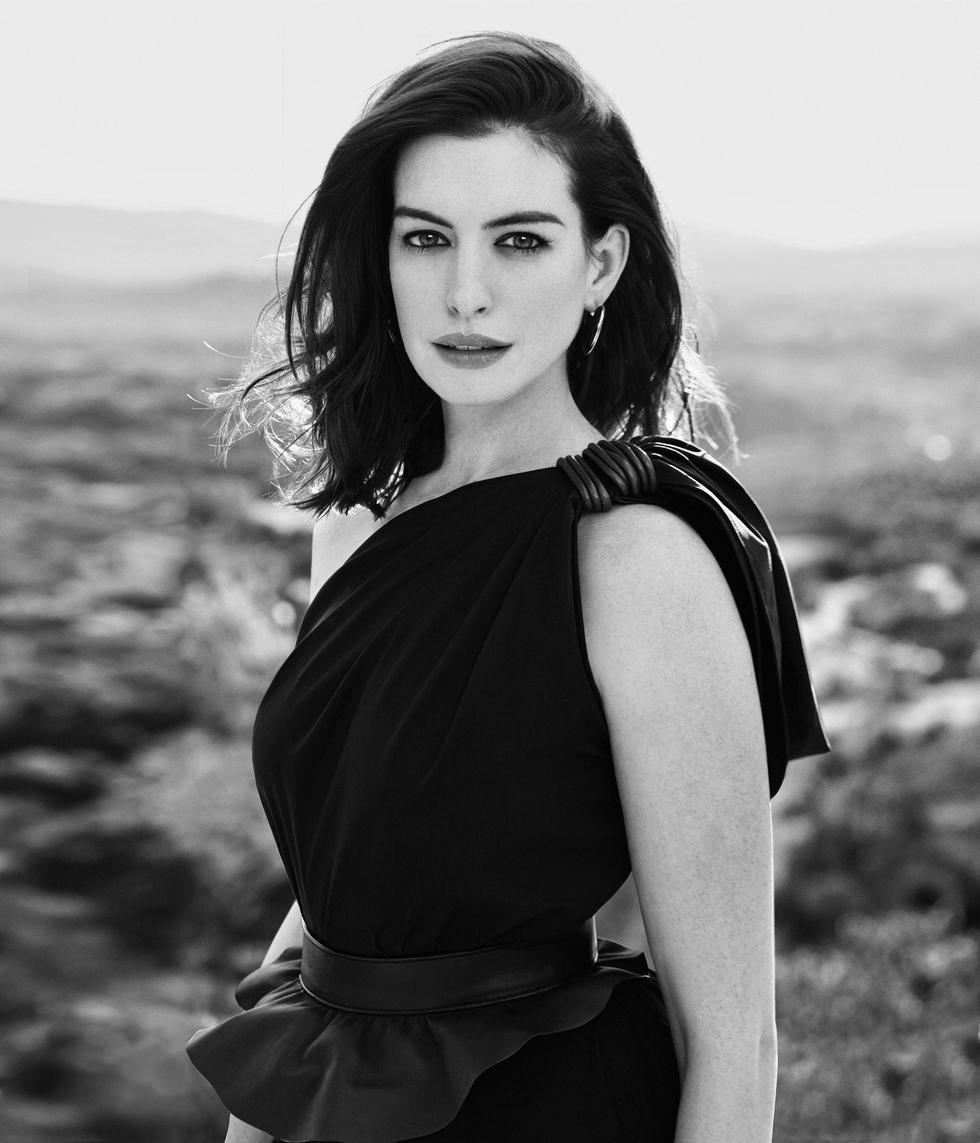 Anne_Hathaway_FCHICBYMEG