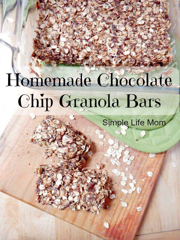 Homemade Chocolate Chip Granola Bars with Chia Seeds