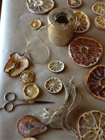 12 DIY Old Fashioned Christmas Tree Ornaments