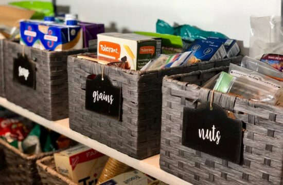 Homestead Blog Hop Feature - How to Organize a Pantry in 7 easy steps