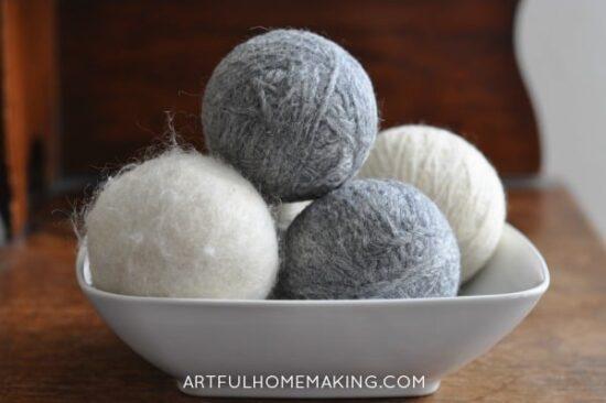 Homestead Blog Hop Feature - DIY Homemade Wool Dryer Balls