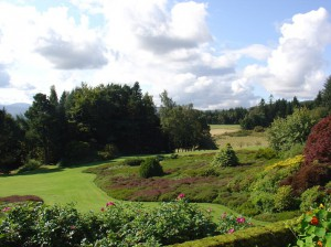Seniors Cultural Travel - visiting gardens in Scotland