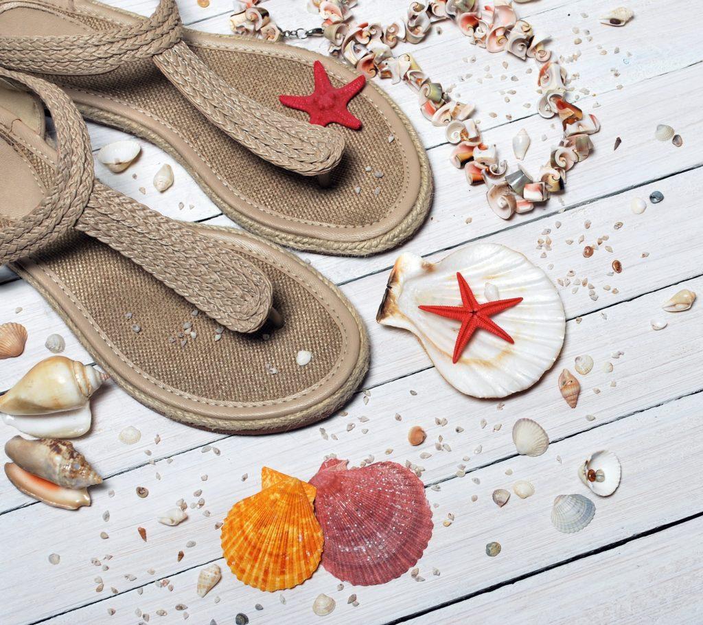 beach-close-up-fashion-158560