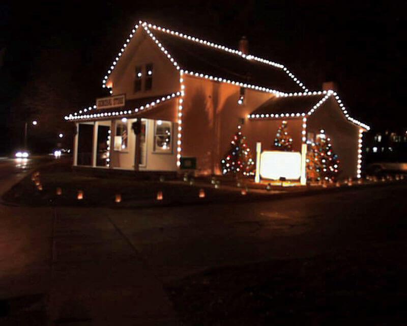 CHS-Holiday-lights-2003