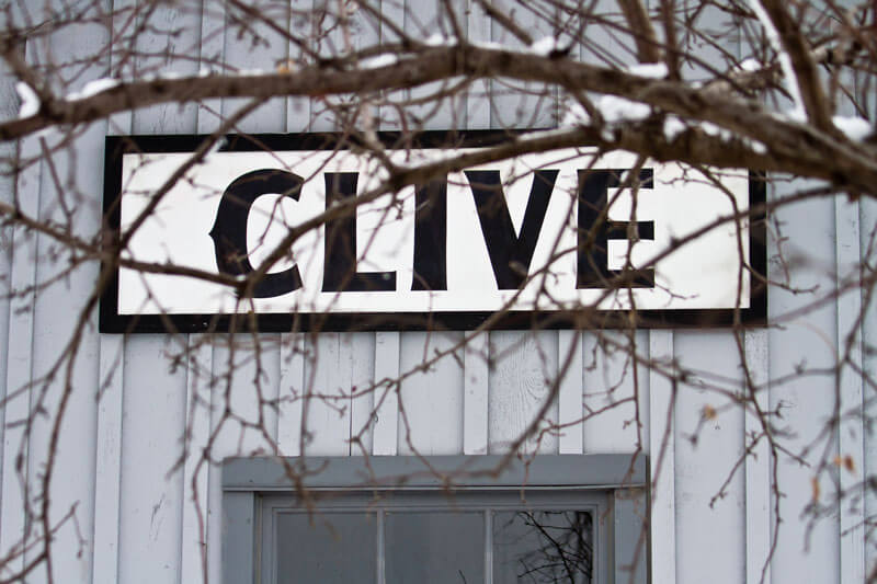 Clive-sign-on-Depot