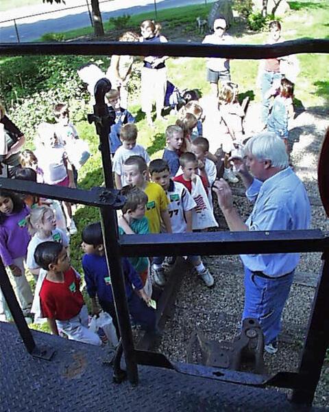 10-Crestview-1st-Grade-2003