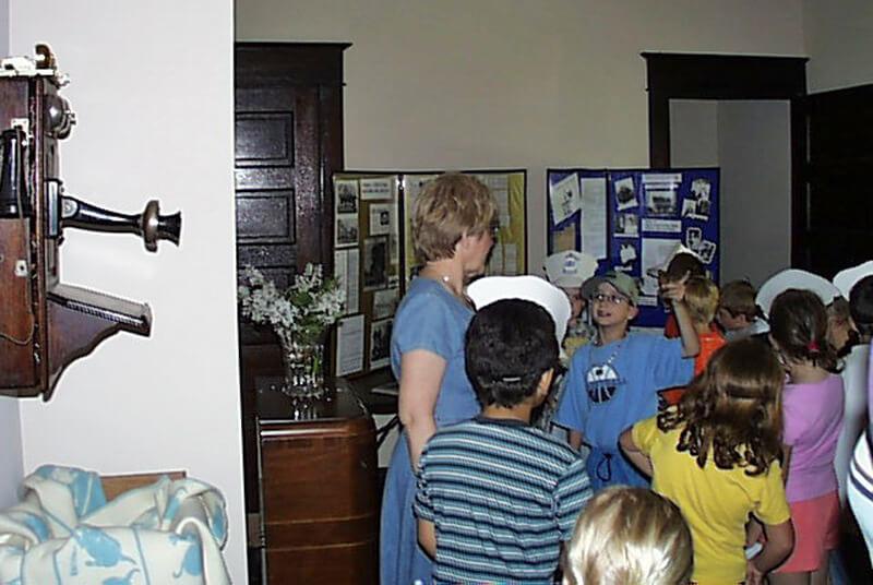 12-Crestview-1st-Grade-2003