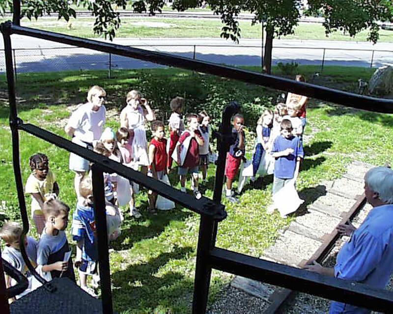 15-Crestview-1st-Grade-2003