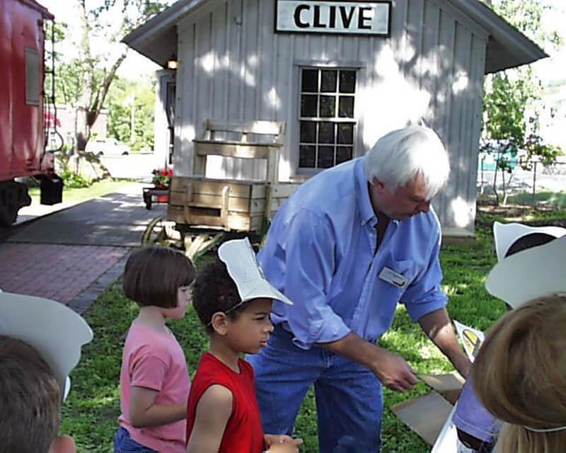 24-Crestview-1st-Grade-2003