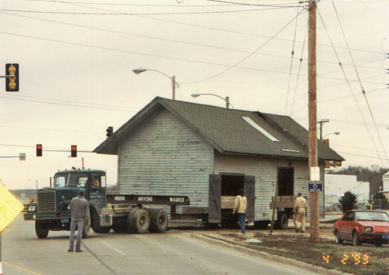 Depot-being-moved-1993