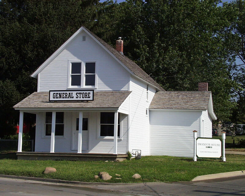 Side-angle-General-Store-wi