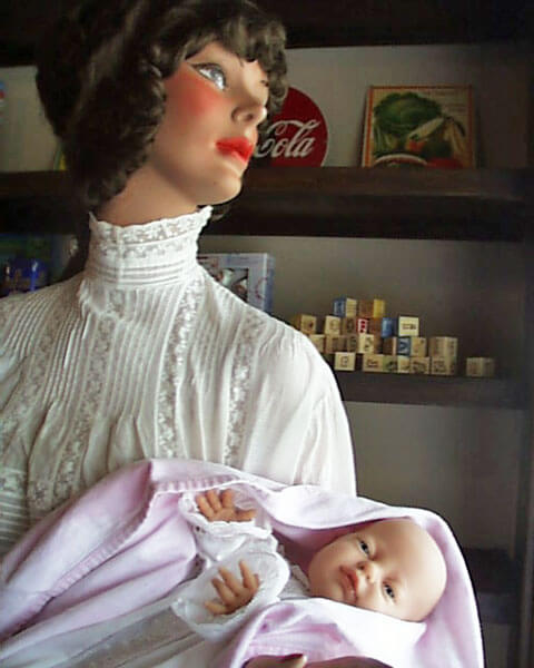 Swanson-mother-&-child