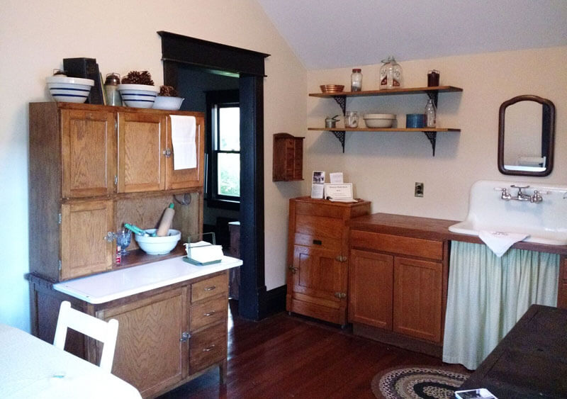 Wide-shot—Kitchen