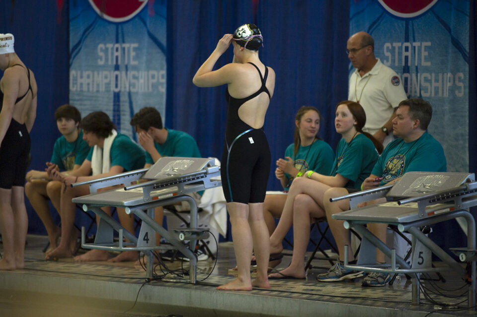 Girls' swim and dive competes in state championships