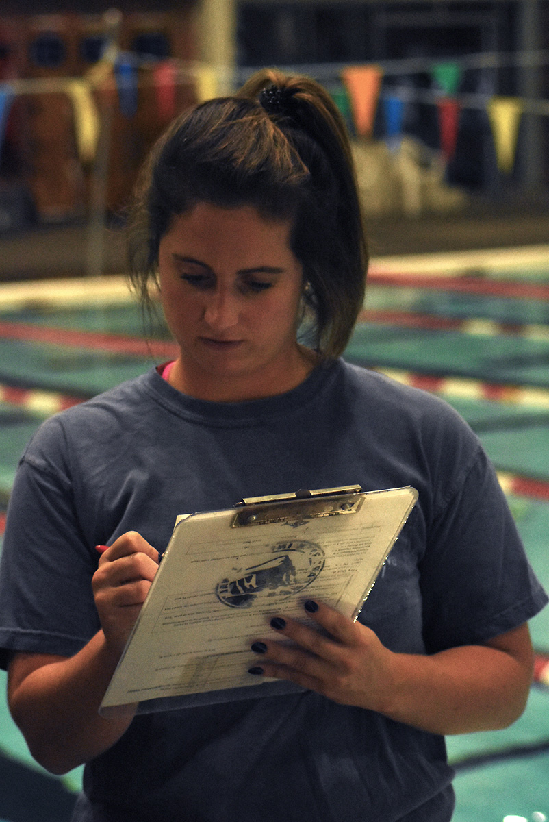 Boys' swim, dive team compete in Team Como dual meet