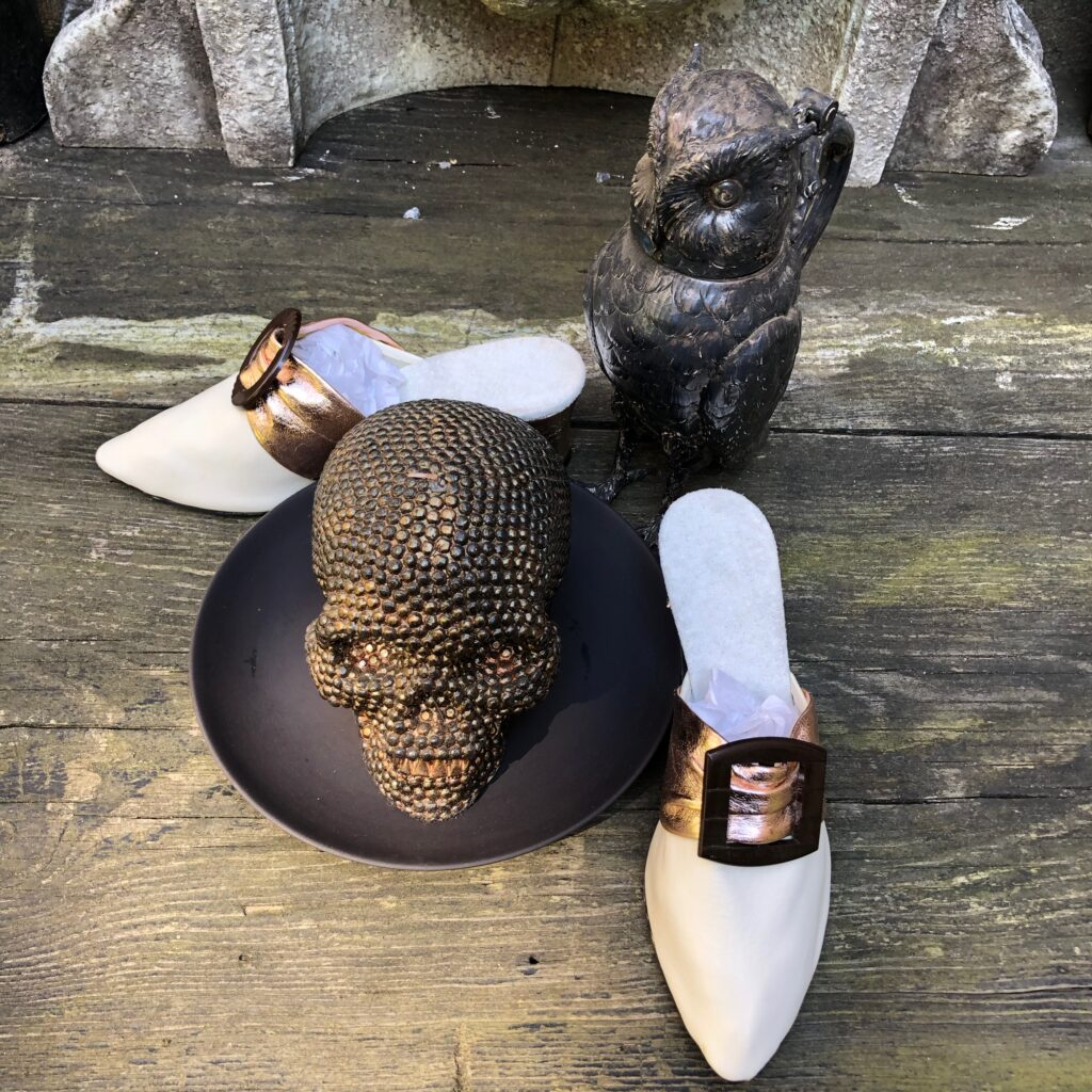 Louis Heel skull plate and owl