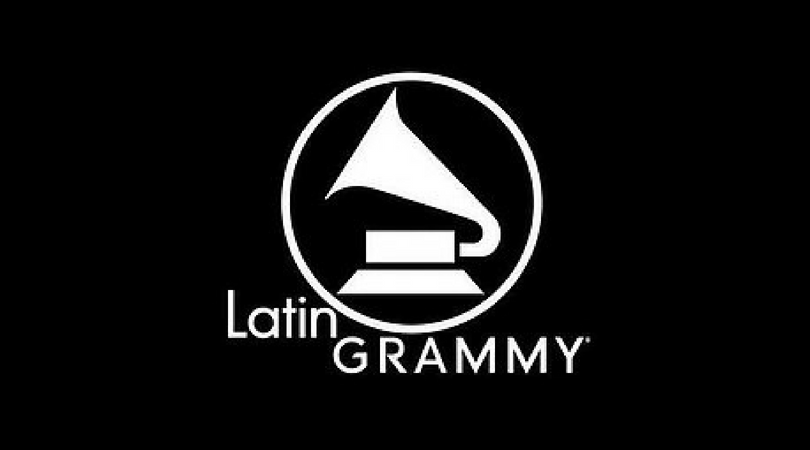 La Fundación Cultural Latin GRAMMY dona guitarras a Organización 'Guitars Over Guns'