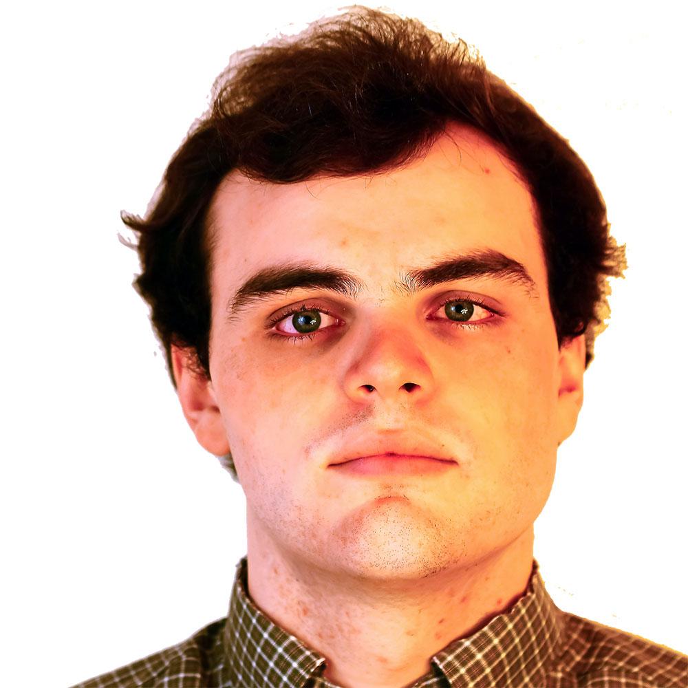 Portrait of Ian Desmarais