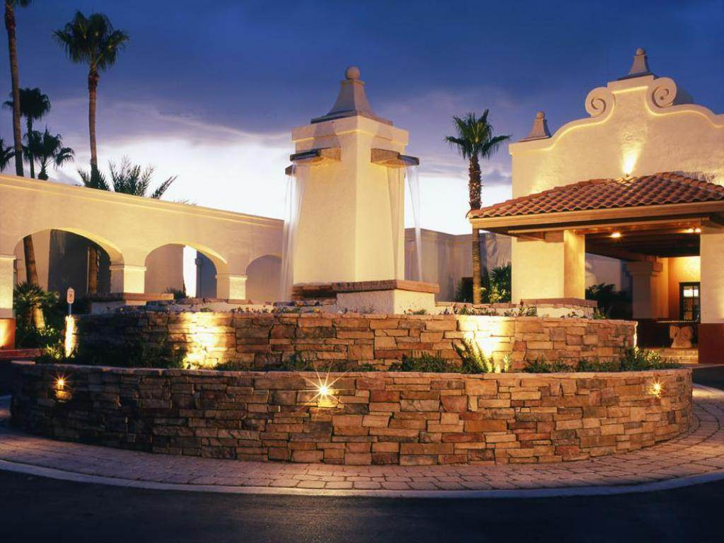 Esplendor Hotel at Rio Rico Entry