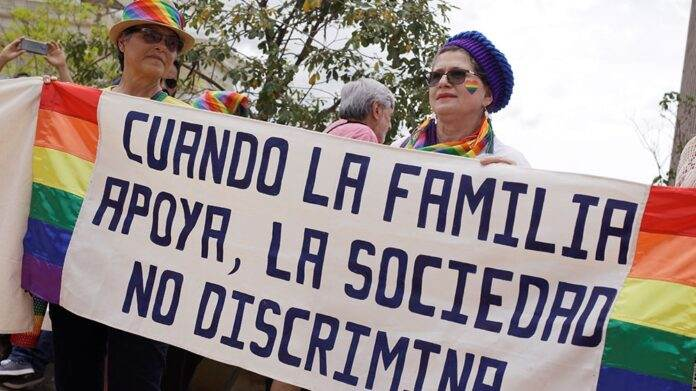 In First for Central America, Costa Rica Welcomes Marriage Equality