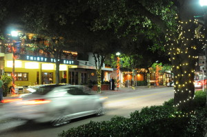 Bustling Atlantic Avenue, Delray Beach's main street, is a short walk from Crane's BeachHouse © 2015 Karen Rubin/news-photos-features.com