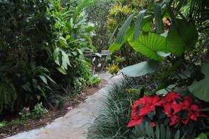Meandering paths take you through lush gardens at Crane's Beachhouse © 2015 Karen Rubin/news-photos-features.com