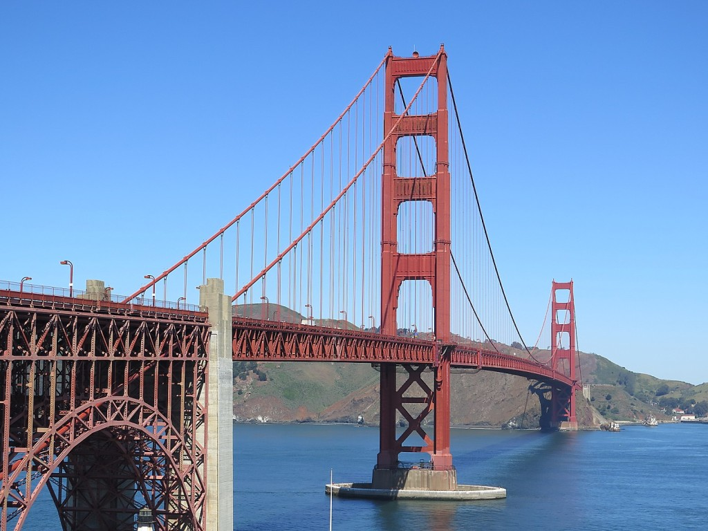 Biking along San Francisco's waterfront brings you to a fabulous overlook for an iconic view of the Golden Gate Bridge © 2015 Karen Rubin/news-photos-features.com