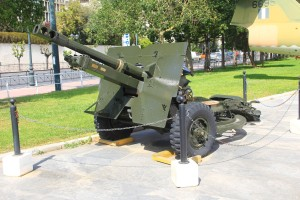 WWII field gun used by the Greek Army. (Photo by Tim Campbell)