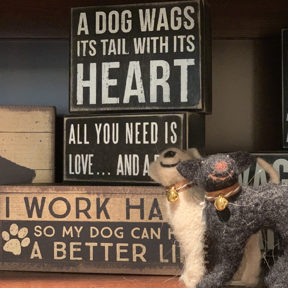 dog wood signs and ornaments