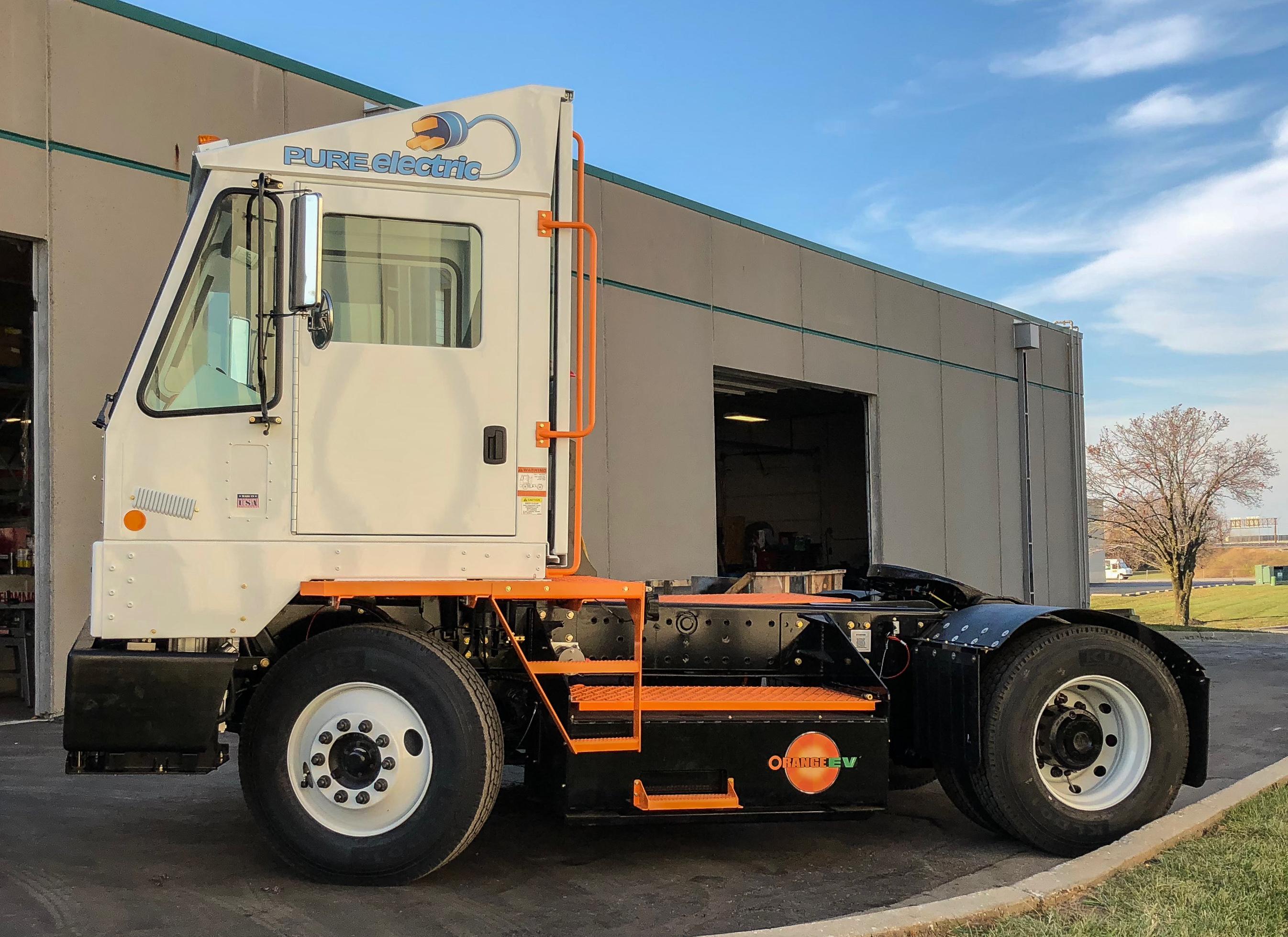 Orange EV T-Series Pure Electric Terminal Truck 9
