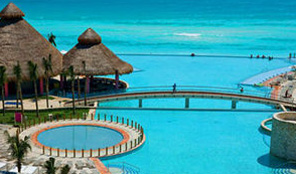 Westin Lagunamar Pool