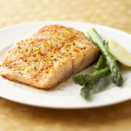 5-Ingredient Recipe: Salmon and Asparagus