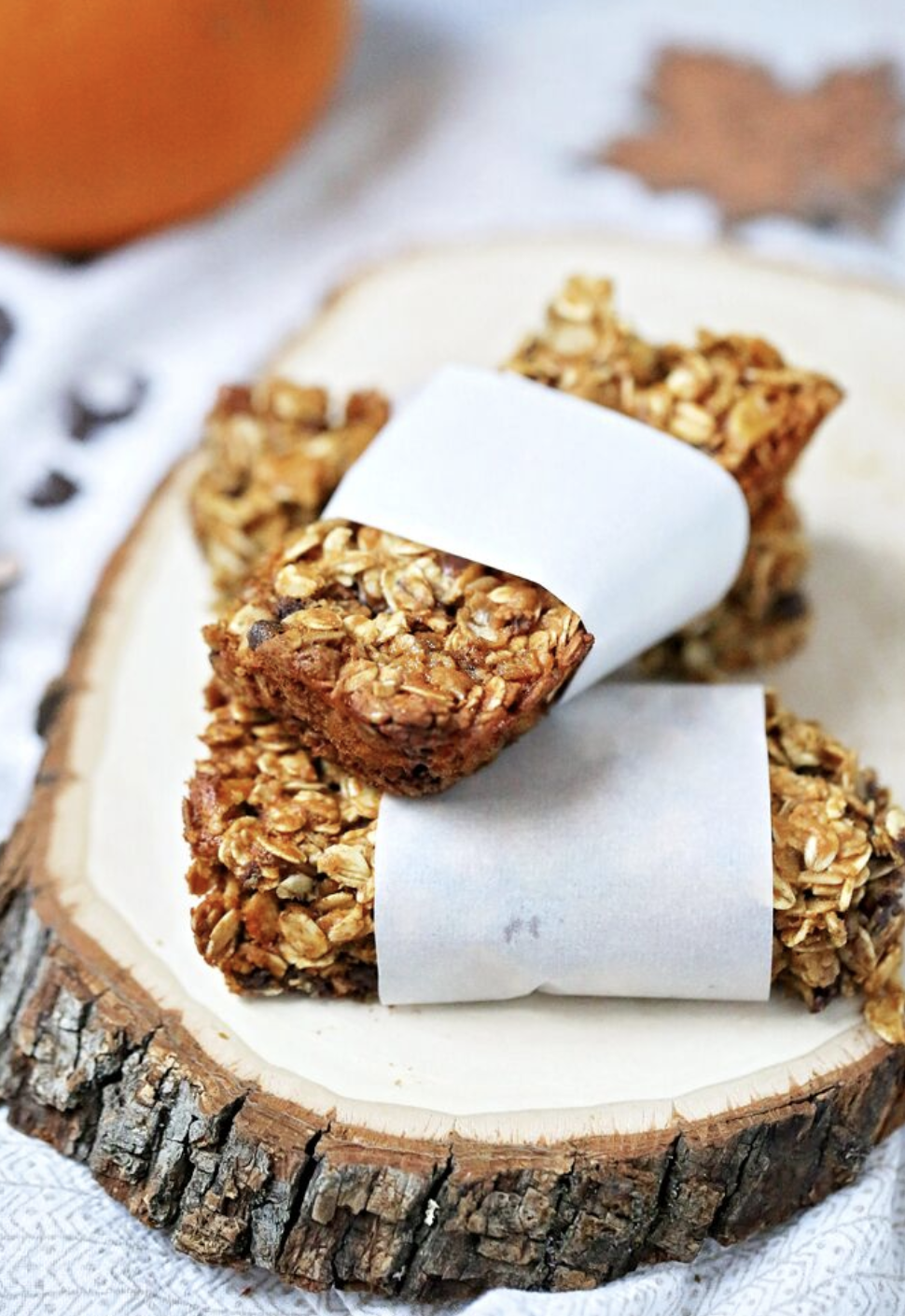 Pumpkin-Almond Chocolate Chip Granola Bars