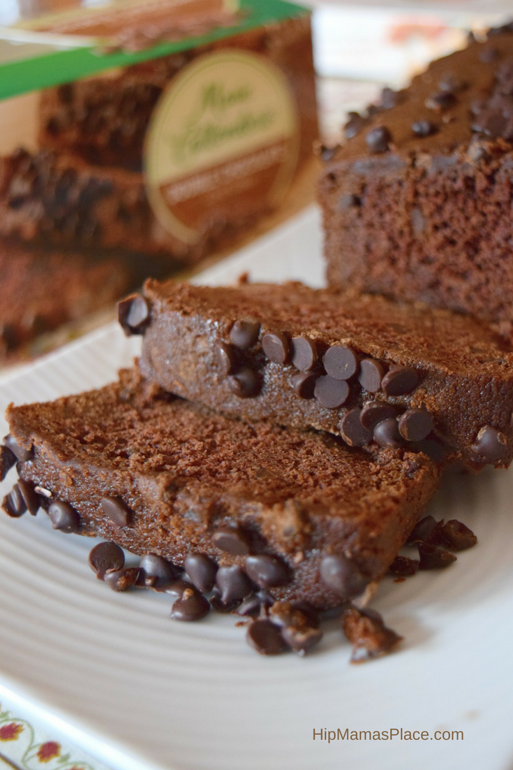 Made with real ingredients like cocoa, sour cream, and semi-sweet chocolate chips, the Marie Callender's loaf cake has a decadent, homemade taste and contains no artificial flavors or artificial preservatives.