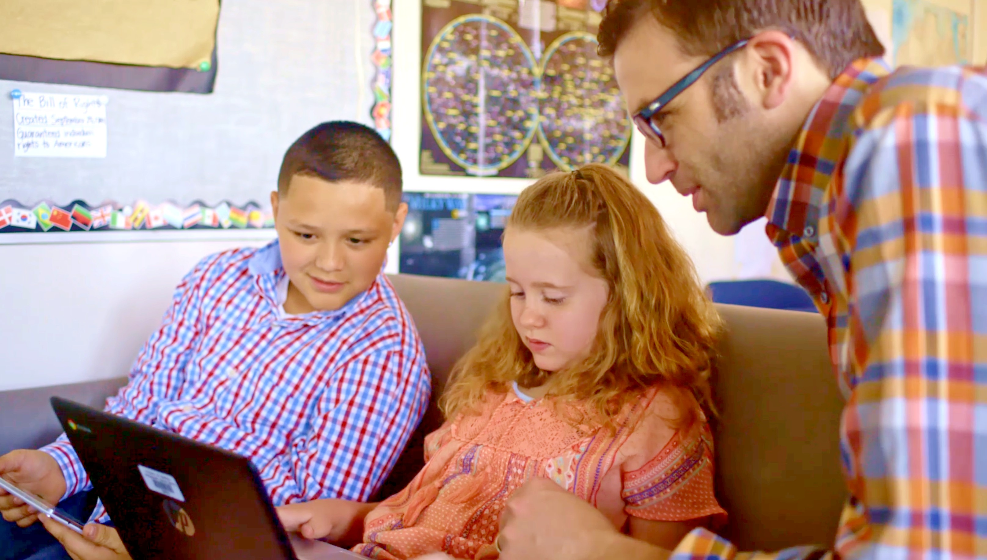 October is National Bullying Prevention Month and I'm happy to share with you about Be Internet Awesome and teaching kids to show kindness online! Full story @ www.hipmamasplace.com. #BeInternetAwesome #ItsCoolToBeKind #Sponsored