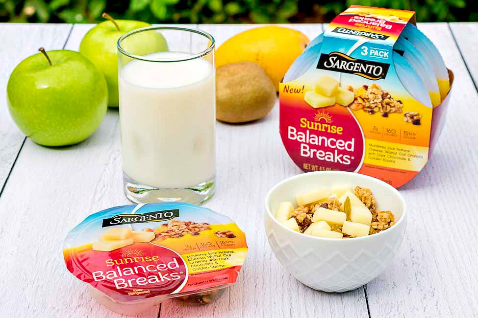 Sargento Sunrise Balanced Breaks snacks are great as mid-morning snacks after my workout. It's got a combination of savory natural cheese, dried fruit, and other nutritious ingredients that makes me feel like I'm ready to meet my daily goals!
