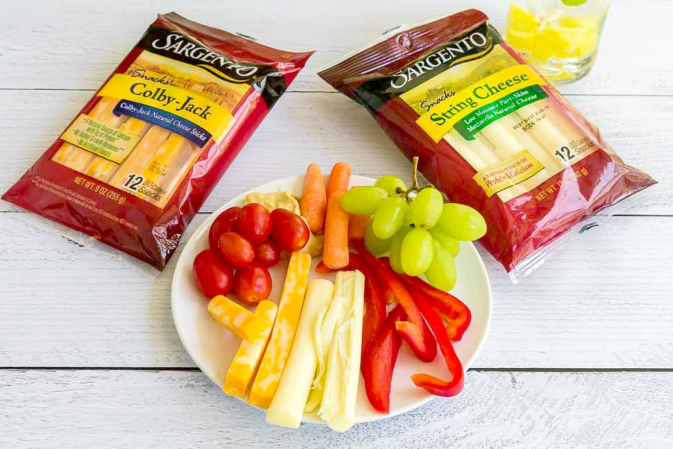 Sargento String and Stick cheese snacks work great as a midday snack or as a side with lunch. They're great to pair with light crackers, veggies or fruits.
