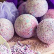 Unicorn Bath Bombs DIY