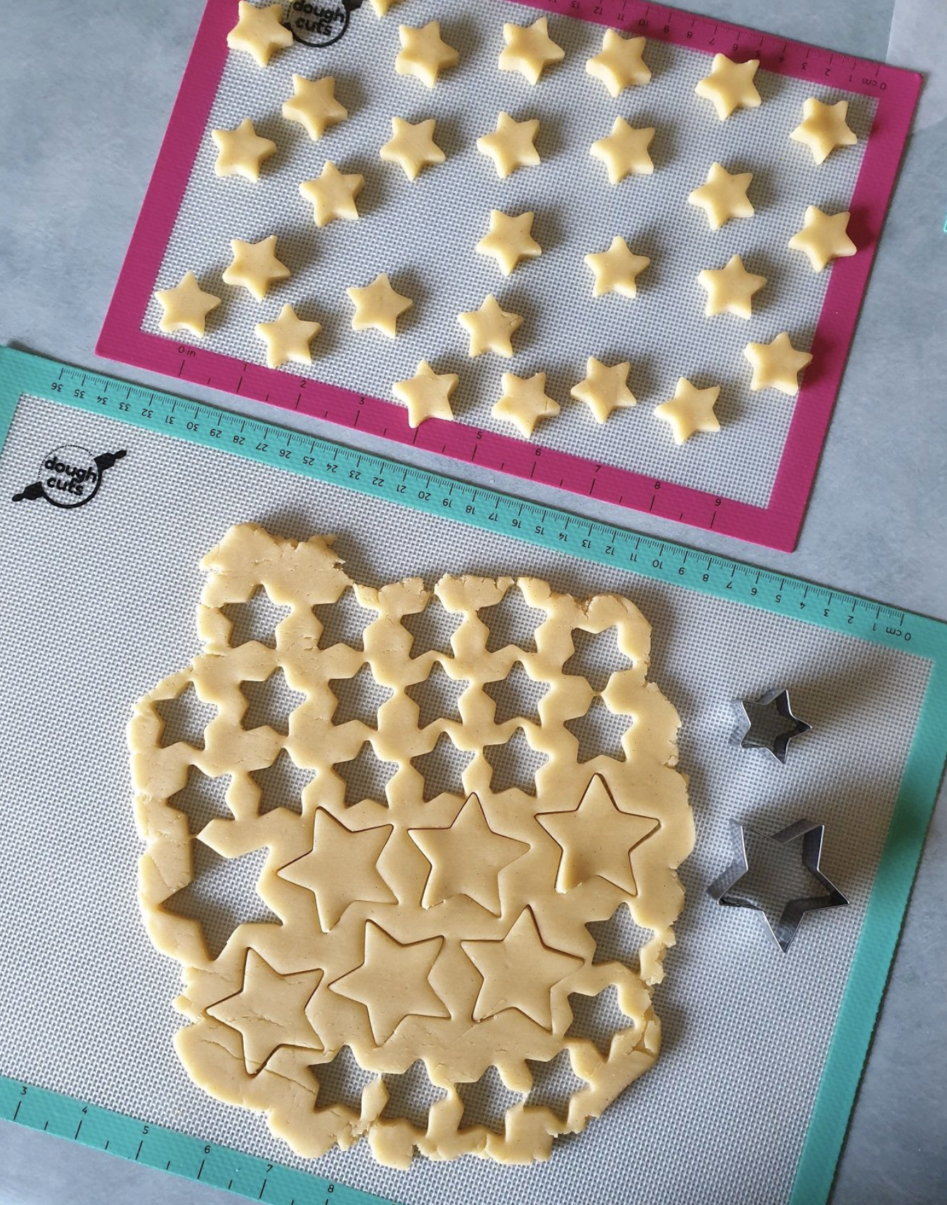 Star cookies with DoughCuts