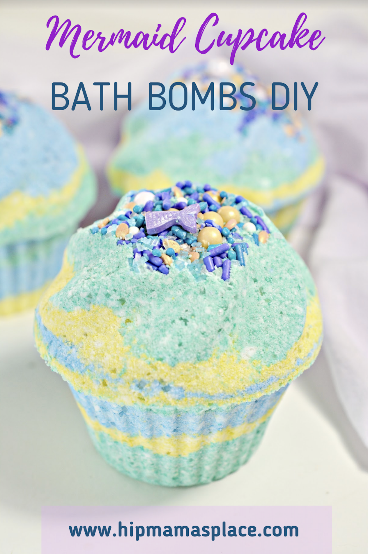Make your next bath smell wonderful, fizzy and more relaxing with DIY bath bombs! Try my recipe for Mermaid Cupcake Bath Bombs DIY! #bathbombs #DIY #bathcare #selfcare #DIYbathbombs #homemade #homemadebathbombs #beauty #beautyrecipes #skincarerecipes #imadethis #beautybloggers #beautyinfluencer #crafty #craftymoms