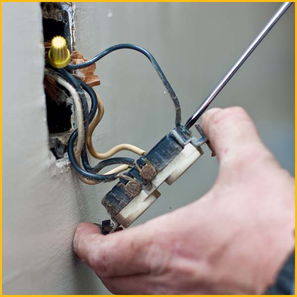 Wire Wiz Electrician Services   Electrical Oultet Repair