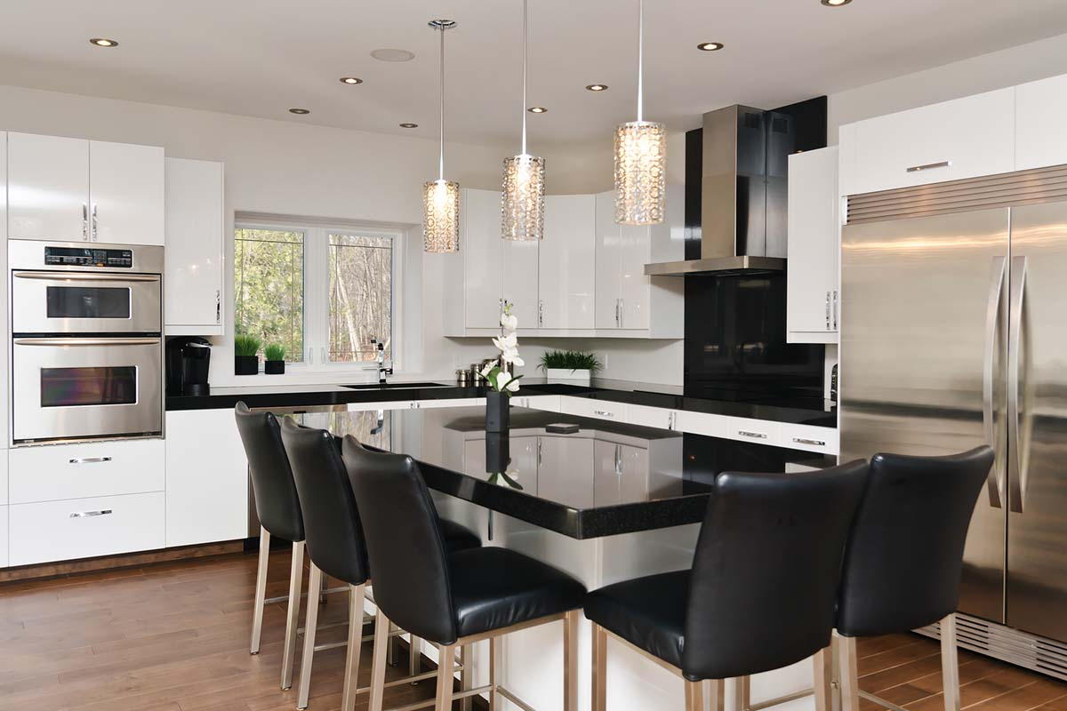 Wire Wiz Electrician Services | Pendant Lighting Installation Specialists | Blog Featured Image