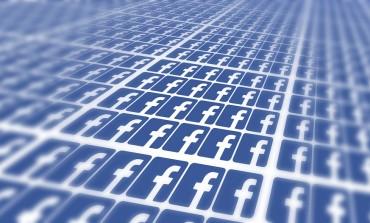 Facebook's Messenger app passes 800 million users