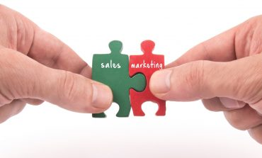 India Leads The Sales Marketing Collaboration : Linkedin
