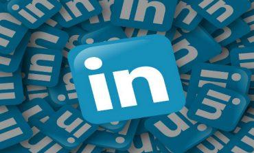 Key LinkedIn Exec Eduardo Vivas to Quit Later This Year