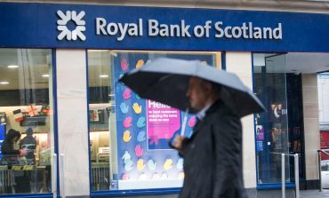 RBS to Cut Over 400 Jobs in UK, Move Many of Them to India
